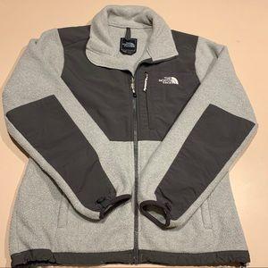 North face women's gray jacket Size Medium
